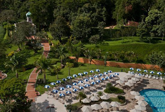 Bourbon Atibaia Convention & Spa Resort: Capela / Piscina Ornamental