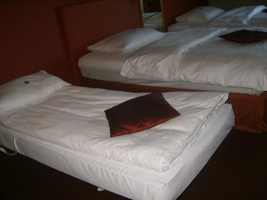 Movenpick Hotel Egerkingen: más vistas de las camas
