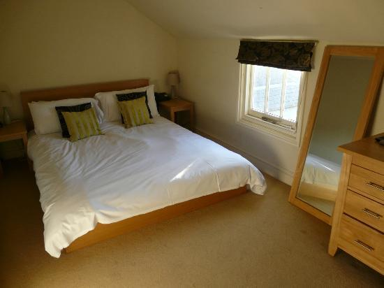 The White Cliffs Hotel: chambre