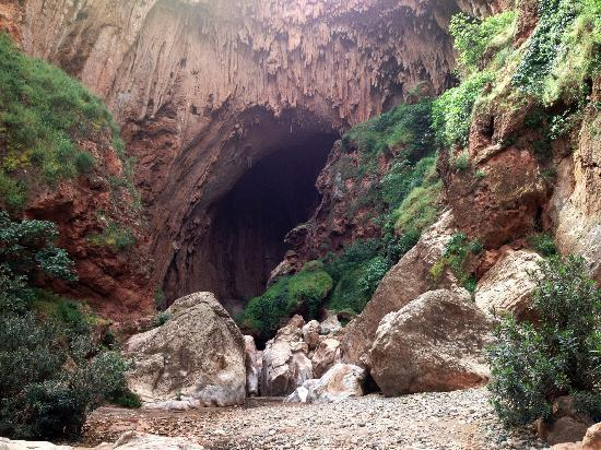 Morocco Dunes Day Tours: Imi-n-Ifri Natural Bridge