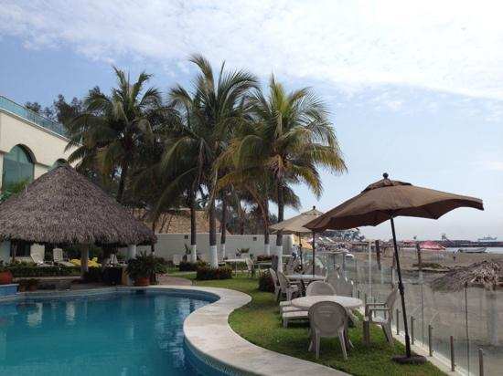 Boca del Rio, Mexico: Pool and Beach