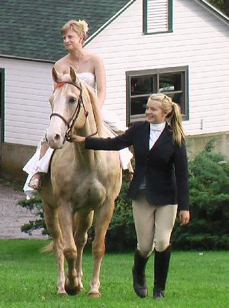 Stone Tavern Farm: Ride Horseback up to the Wedding site