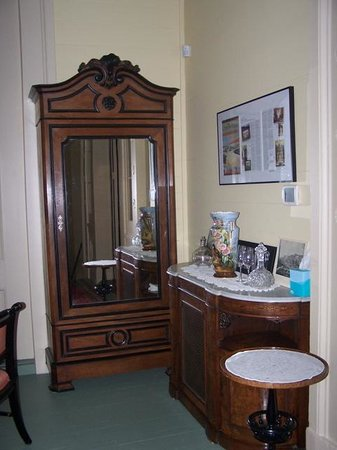 Bocage Plantation: Beautiful furnishings in the bedrooms including this armoire