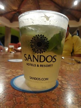 Sandos Playacar Beach Resort: the delicious mojitos!