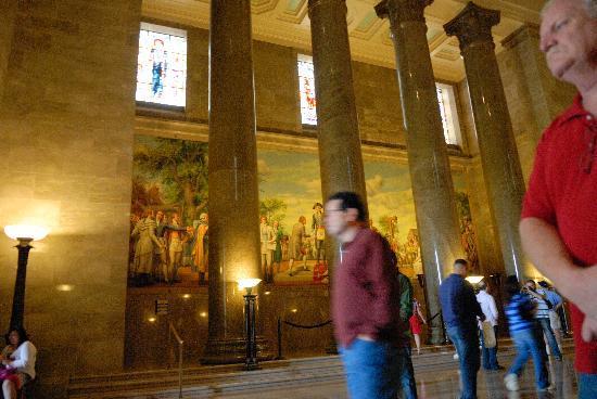 George Washington Masonic National Memorial: The beautiful entrance