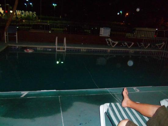 Newport Beach Resort: pool right outside our door