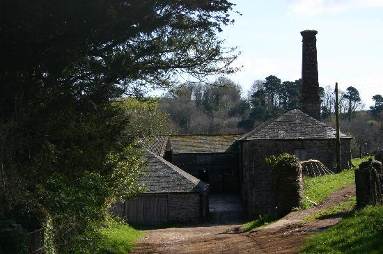 Greenway, UK: Model Farm Buildings and Old Cider Press