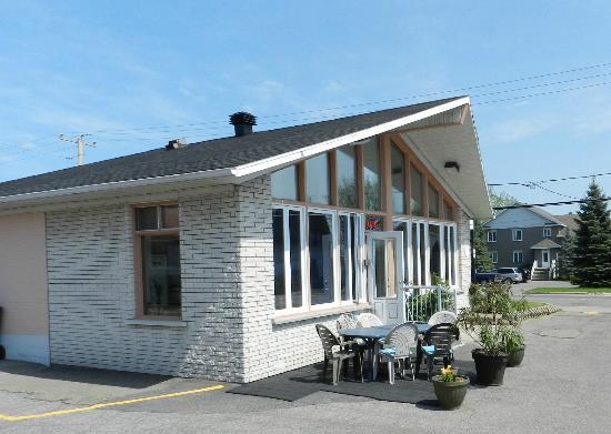 Motel le Marquis: Réception et salle des petit-déjeuner