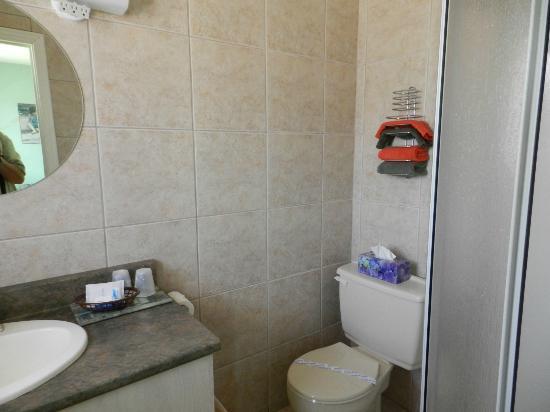Motel le Marquis : salle de bains