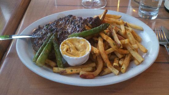 Motley Cow Cafe : Local farm Steak Frites with bacon sabayon