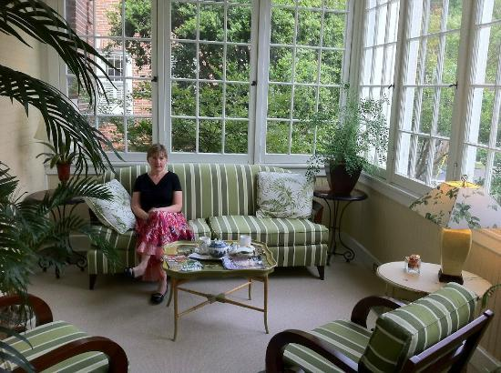 A wider angle shot of the sunroom at The King's Daughters Inn where we had tea