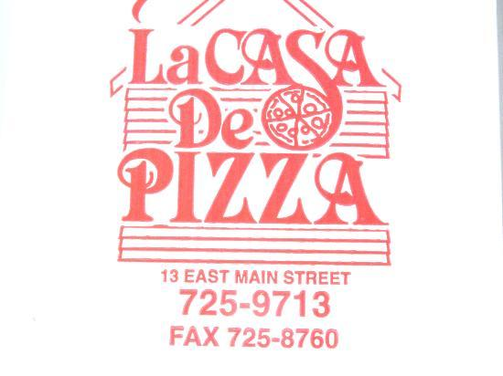 La Casa De Pizza: Nice packaging if you want to take it along . . .