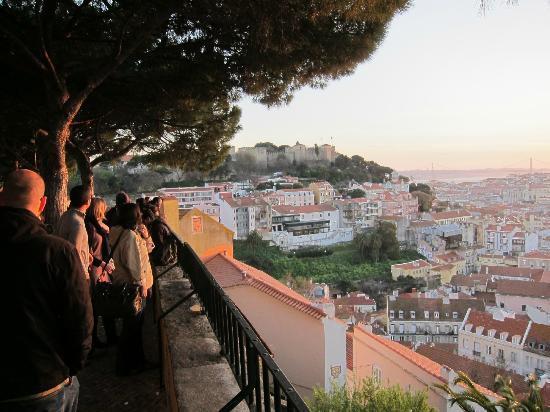 Miradouro da Senhora do Monte : Looking over toward the castle from the miradouro