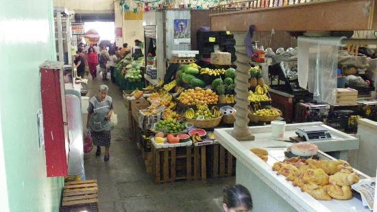 Posada Don Mario: Le petit marché public à proximité