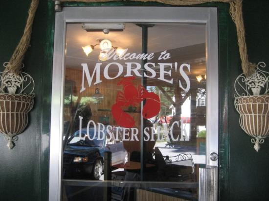 Morse Lobster Shack: Front door