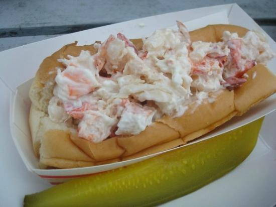 Allen's Seafood: Lobster roll - yum!