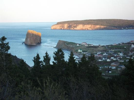 Perce Au Pic de l'Aurore: Spectacular view from our room and balcony
