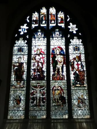 The Parish Church of St Thomas and St Edmund: stain glass windows