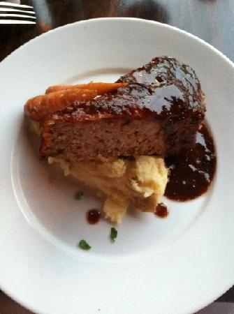 Nectar Restaurant and Wine: meat loaf