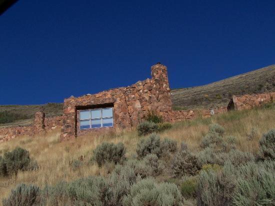 Jackson Hole Museum: This magnificant architecture from below driving up the hill to the museum.