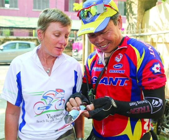 Wide Eyed Tours - Day Tours: Your own personal Bike Mechanic...
