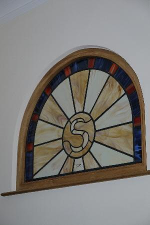 West Hall B&B and Cottage Self Catering: Stained glass window