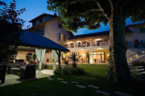 auberge saint simond hotel aix les bains france hotel reviews tripadvisor. Black Bedroom Furniture Sets. Home Design Ideas