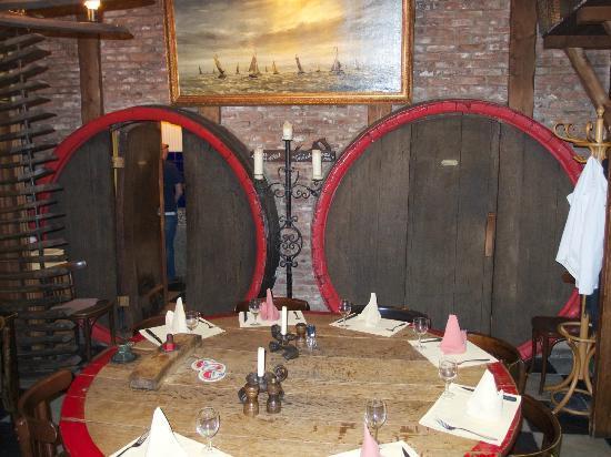 Proeflokaal A. van Wees: Doors to the toilets..