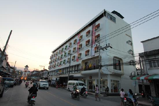 Modern Thai Hotel Updated 2018 Prices Reviews Betong