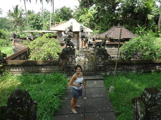 Naughty Monkey: Tempel Bali