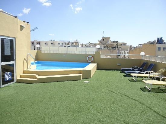 Carlton Hotel: so-called swimming pool