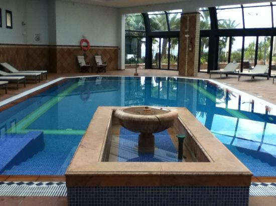 Hotel Les Berges Du Lac- Concorde : The pool
