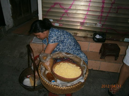Vietnam Awesome Travel - Day Tours: Sticky rice