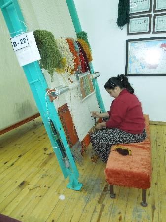 Fabrica alfombras - Picture of Avanos Oren Yeri, Goreme ...