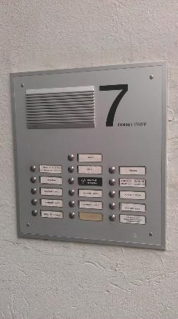 smartloft: interphone (to find the entrance is a little difficult)