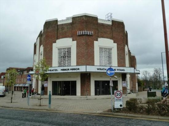 Broadway Cinema: Present day