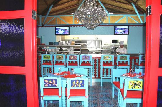 Nayara Resort Spa & Gardens: Sushi Bar