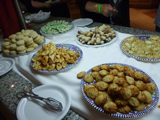Hotel Meninx: patisseries tunisiennes