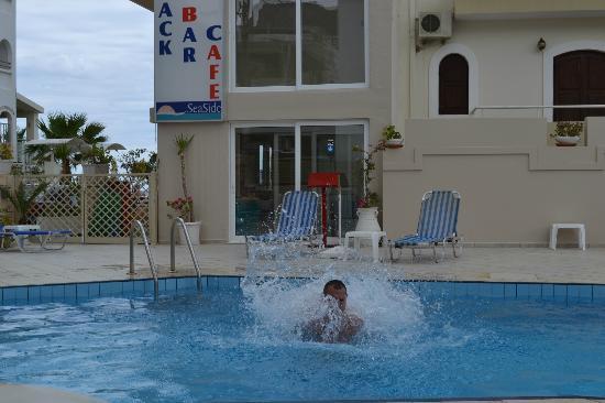 Mari-Kristin Hotel: pool