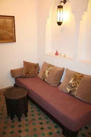 Riad Khabia: balcony area