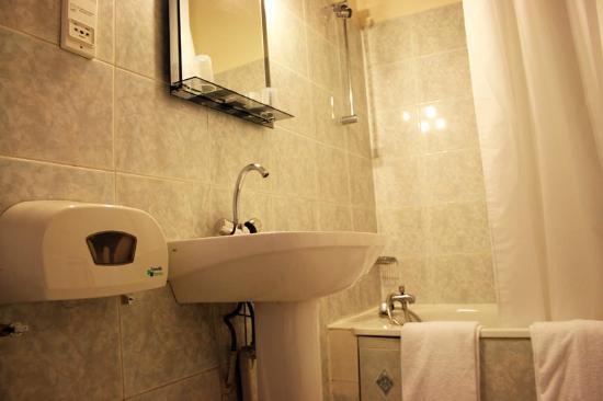 Leonard de Vinci II: Chambre - Salle de bain