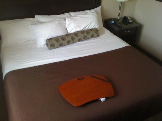 Best Western Plus Kamloops Hotel: Bedroom