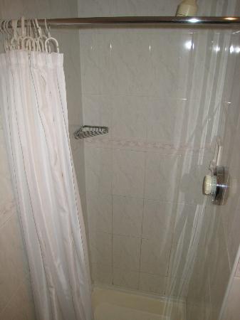 Dergvale Hotel: Salle de bains