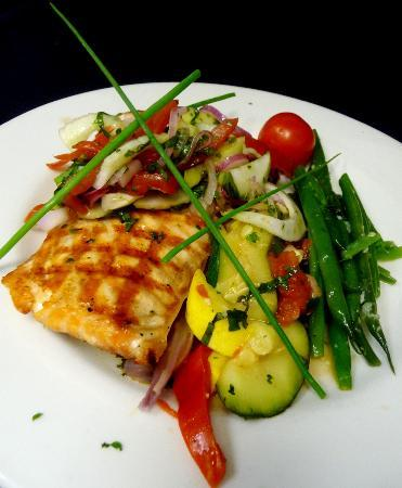 Augusta Grill : Grilled Atlantic salmon with a tomato fennel relish