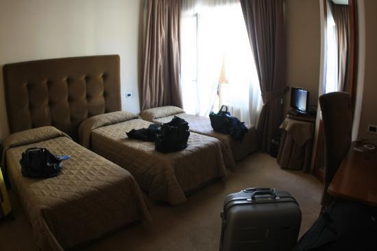 Farnesina Hotel: Stanza x 3 persone