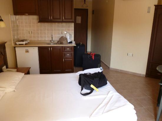 Club Amaris Apartments: our room