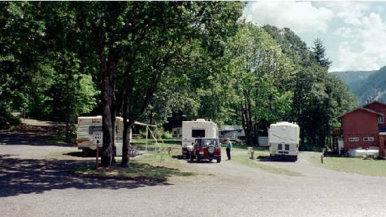 Wind Mountain RV Park and Lodge: RV park