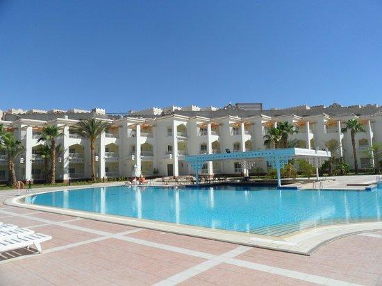 The Grand Hotel Hurghada : 2.pool