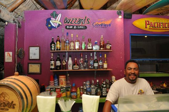 Buzzards Bar & Grill: Awesome margaritas
