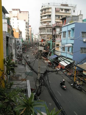 Royal Saigon Restaurant & Luesthouse: Aussicht auf die Bui Vien